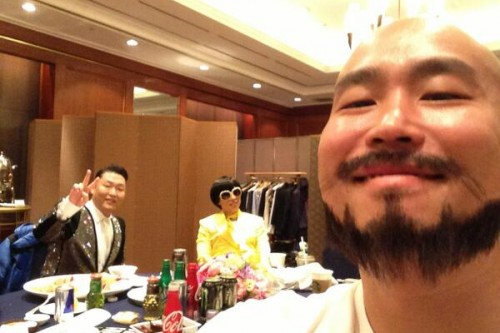 [en][de] Behind-the-scenes picture of PSY's new Music Video