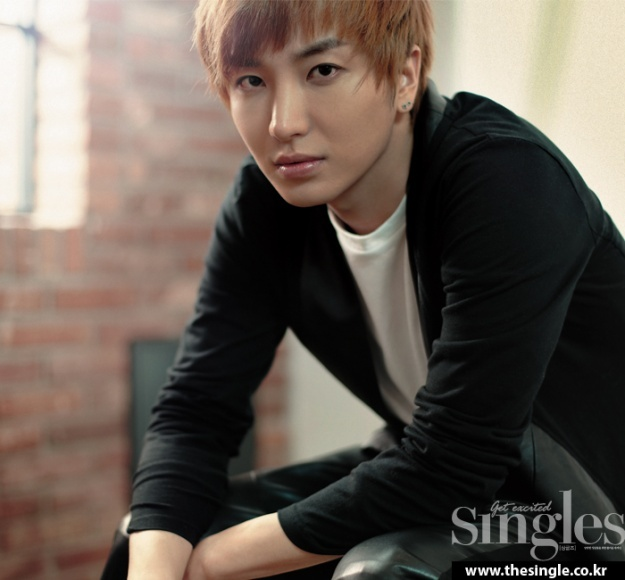 Super Junior: Leeteuk to enlist to the military
