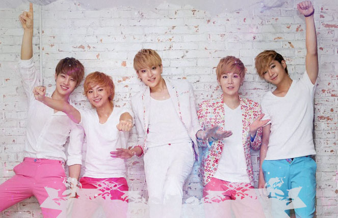 (All Languages) [en] LEDApple holding 1st K-pop concert ever done in Vienna!