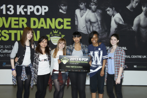 "(All Languages) [en][nl][pl] Team LoKo' wins the ""2013 K-Pop Cover Dance Festival – UK Regional Round"""