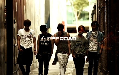 "(All Languages) [en][de] Rookie group OFFROAD reveals MV teaser for ""Headbanging"""