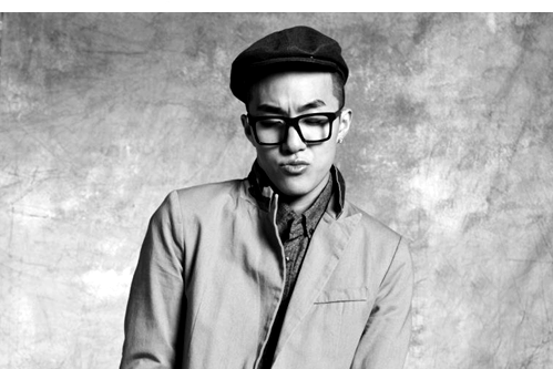 "ZION.T SPECIAL: From ""Click Me"" to ""Red Light"" and ""Mirrorball"". Be Ready for a Musical Journey!"